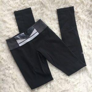 Lululemon Sz 4 Reversible Skinny Groove Pants